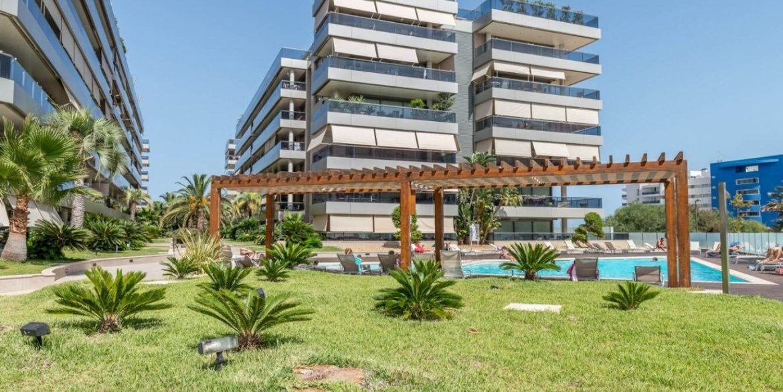 Eibys Apartamento de Lujo - Marina Botafoch1