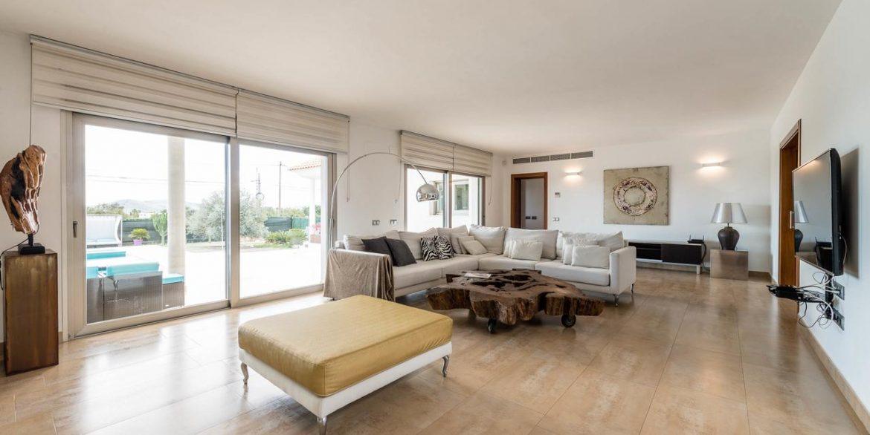 126085506 Villa Elena