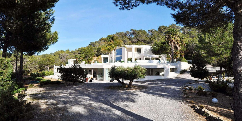 Villa-Sa-Claro-Ibiza-6-Near-Sant-Josep