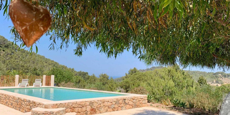 04-pool-views Can Mimosa