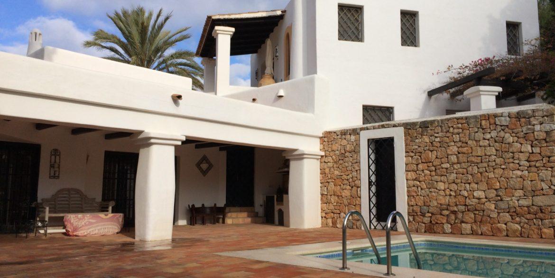 Villa Larrosa 39