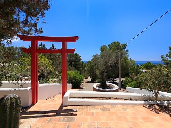 Villa Larrosa 4