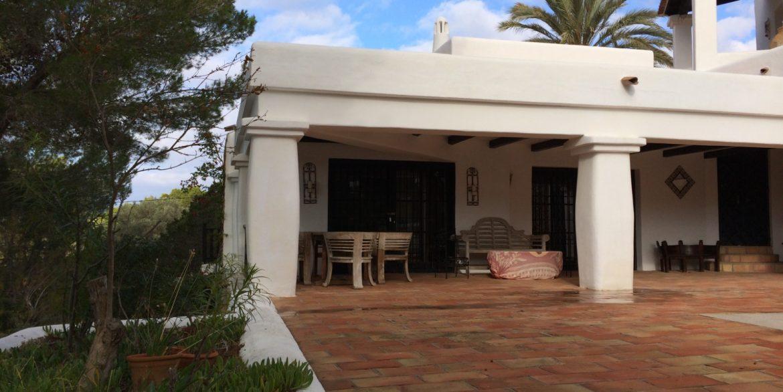 Villa Larrosa 40