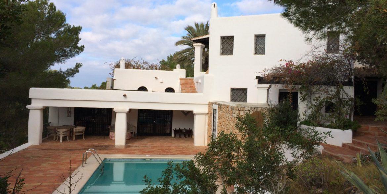 Villa Larrosa 41